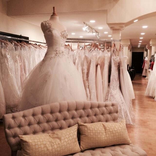 About La Belle Elaine 39 S Seattle Wedding Dress Shop