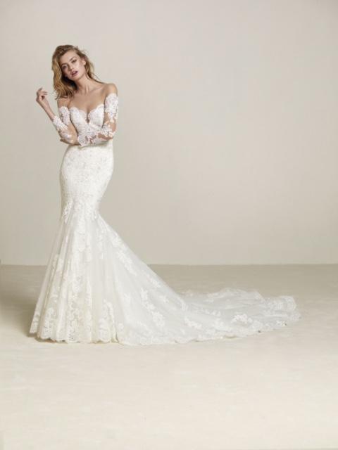 La Belle Elaine's Wedding Dress Shop in Seattle